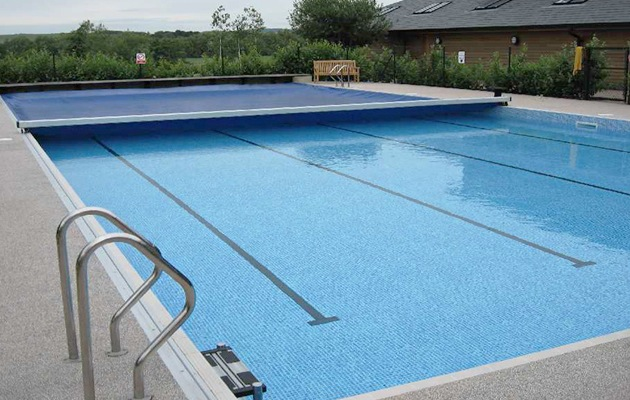 Zwembadverwarming alle soorten verwarming op een rijtje for Zwembad verwarmen
