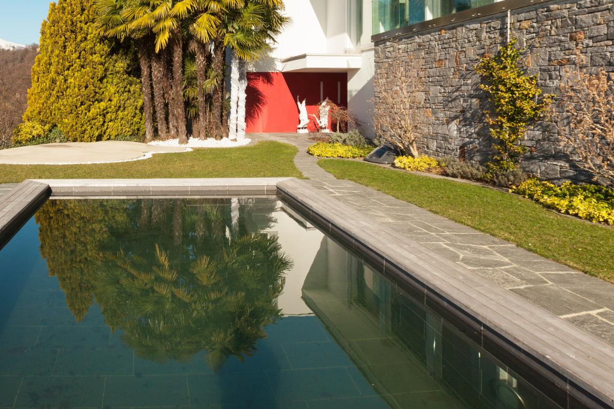 design zwembad natuursteen