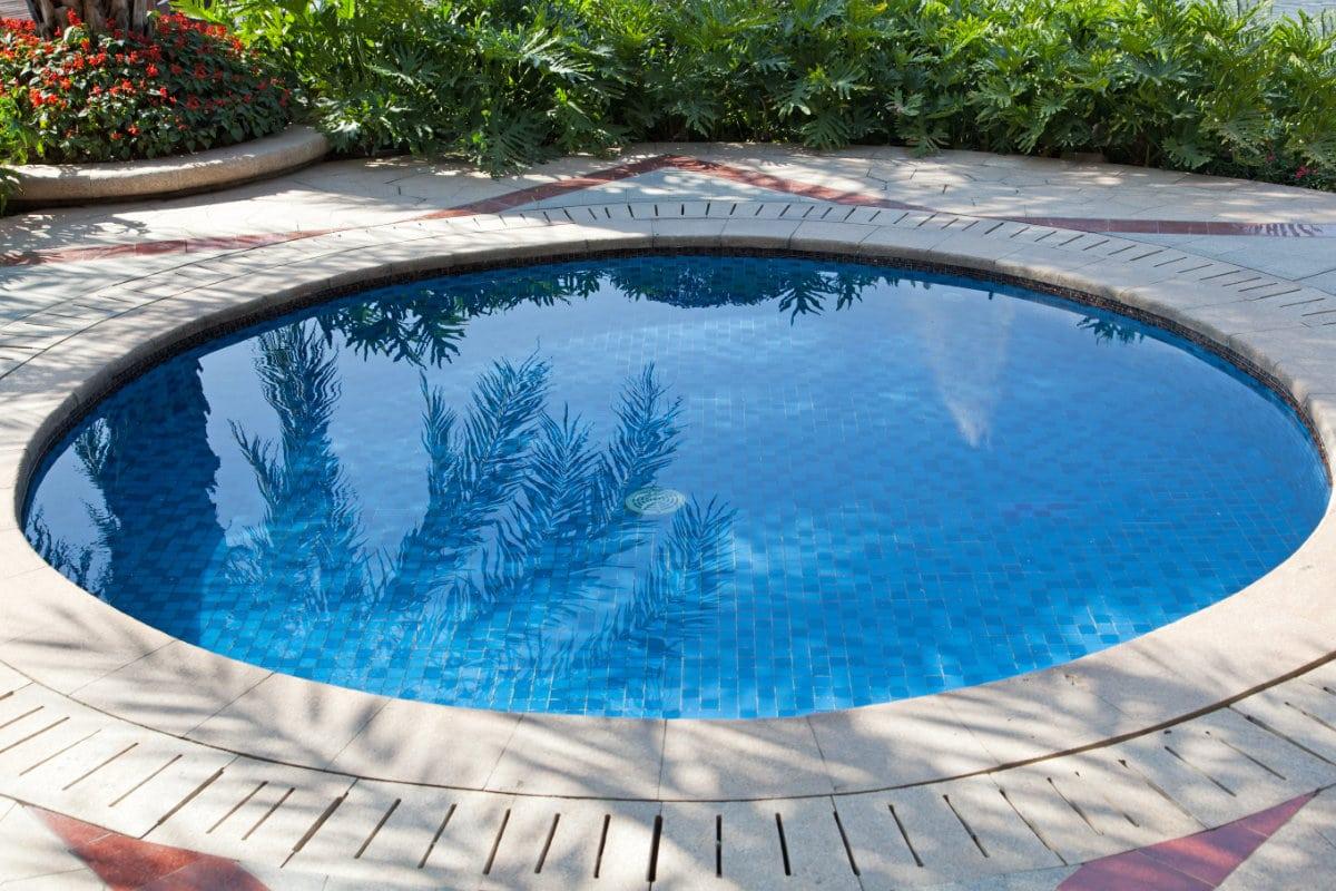 klein zwembad