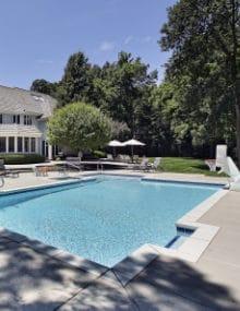 Prijs zwembad een compleet overzicht met prijzen per m2 for Kostprijs polyester zwembad