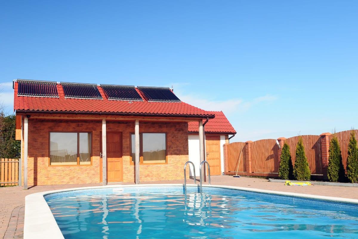 zonnecollectoren zwembad